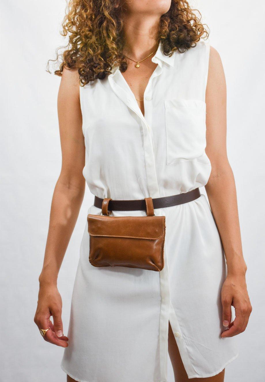 riñonera salta marrón cuero piel pequeña leather
