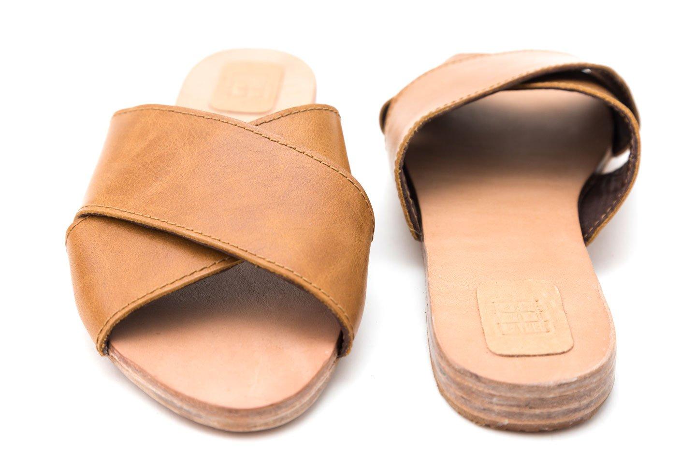 sandalias planas mujer asimetria piel vacuna handmade barcelona