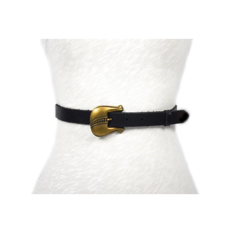 cinturón de piel negro con hebilla oro viejo fantasia