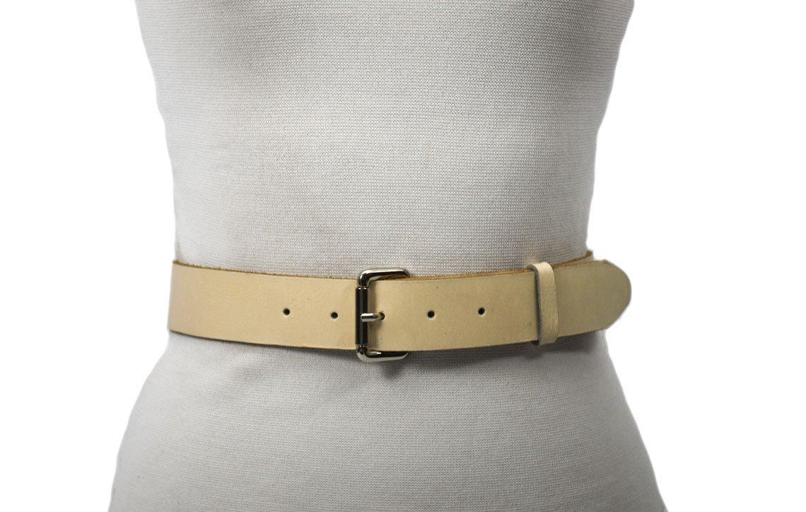 cinturón color crudo con hebilla níquel unisex