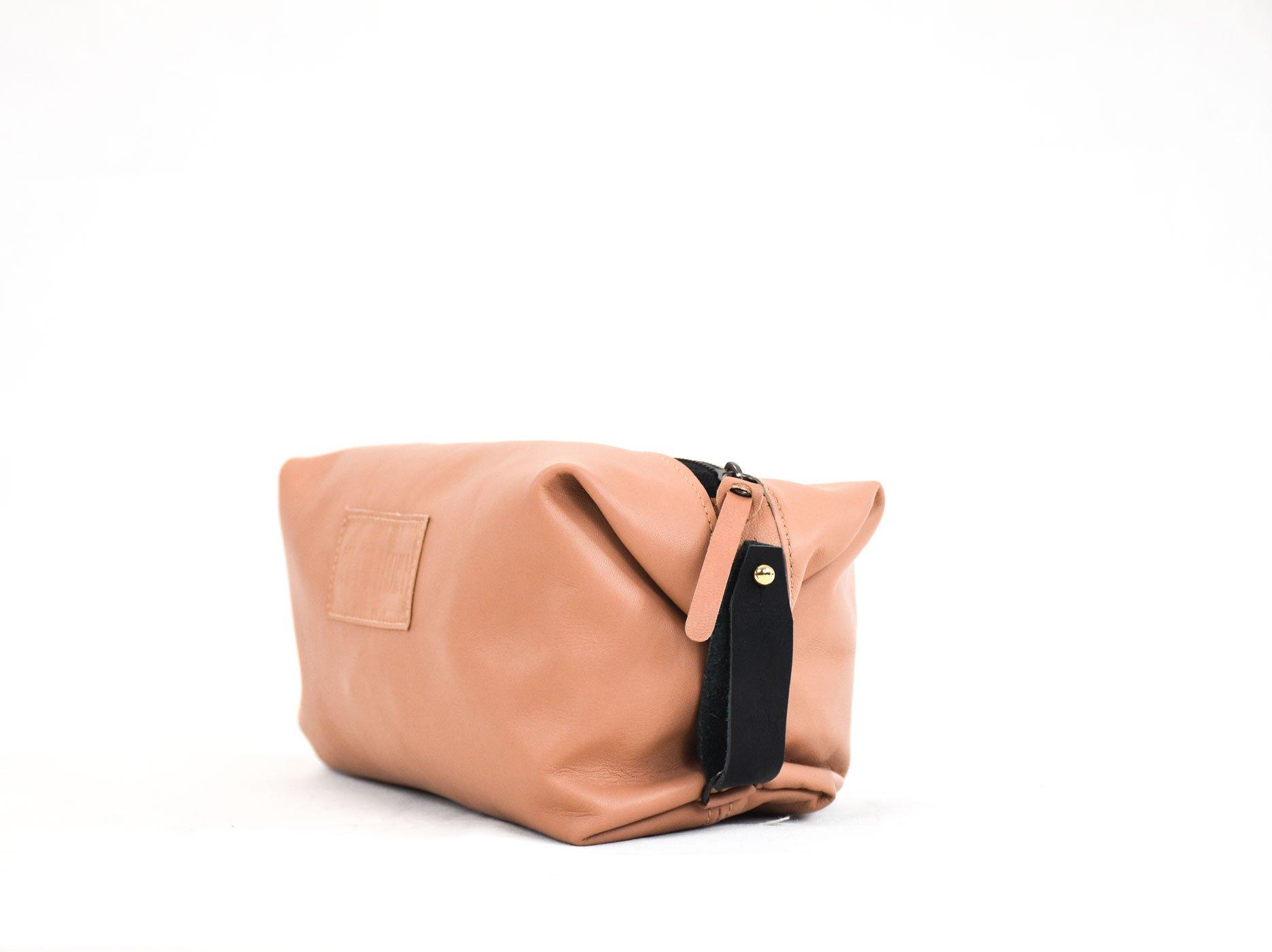 usuhaia neceser unisex piel handmade barcelona rosado