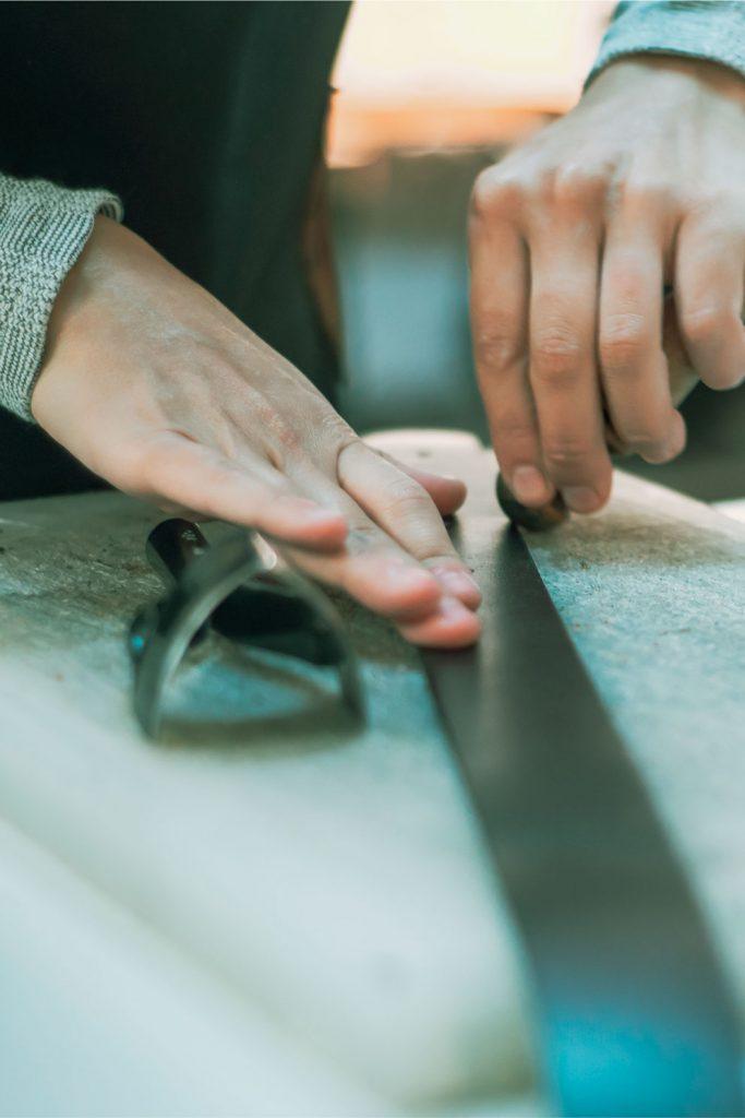 cinturon-de-cuero-belts-hecho-a-mano-barcelona-bolsos-y-accesorios-seeyouleather