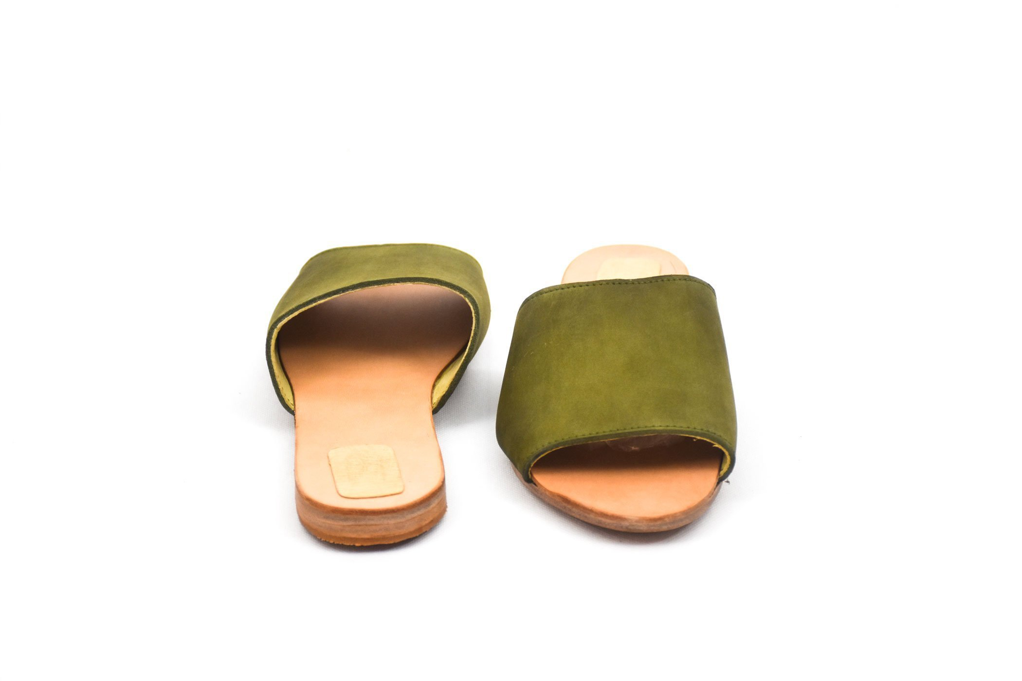 sandalia plana handmade piel cuero verde