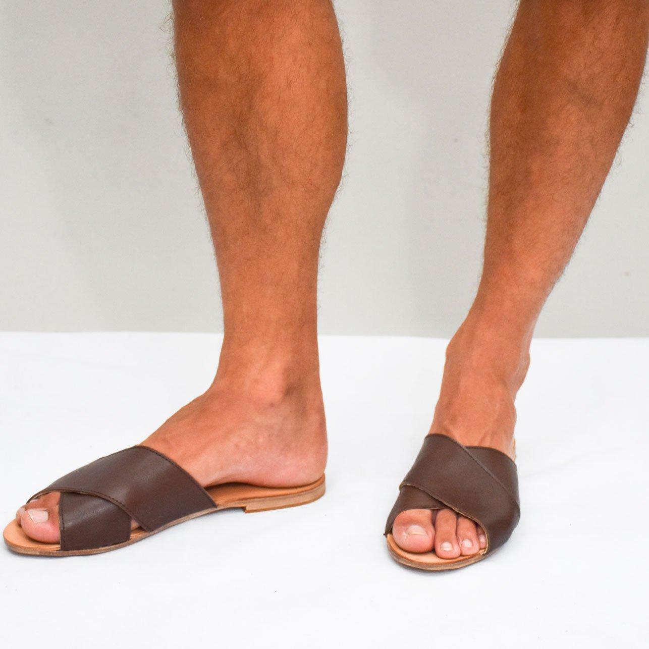sandalia hecha a mano de cuero vacuno unisex