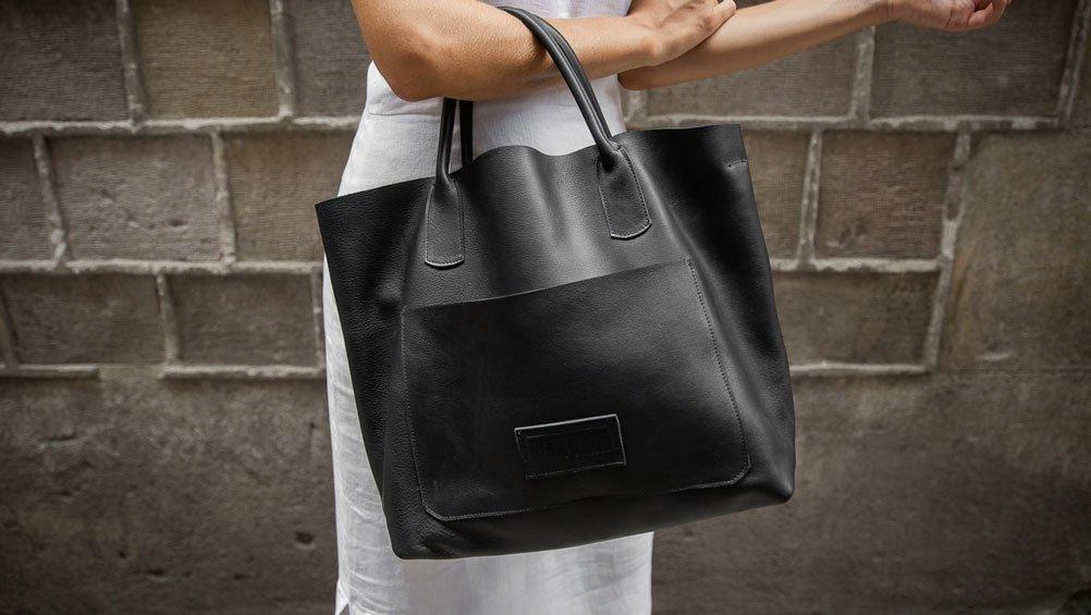 bolso-de-piel-hecho-a-mano-en-barcelona-negro-tote-bag